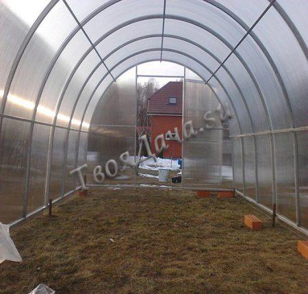 Купить теплицу Основа под сотовый поликарбонат в Москве и Московской области